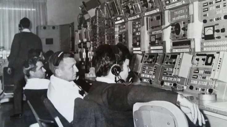 Carlos González Pintado en su puesto de trabajo